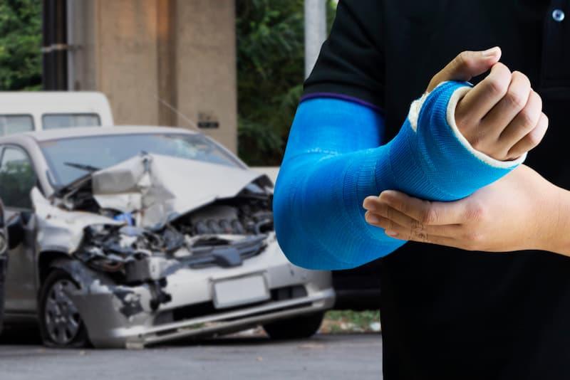 Driver injured after a car crash